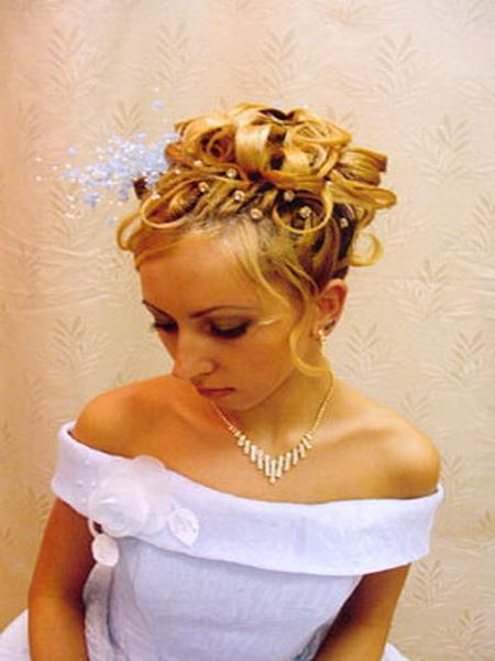Свадебные прически закрыты уши